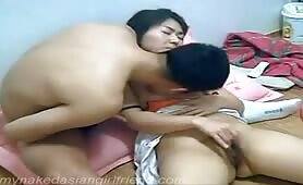 This sexy Korean couple luvs to masturbate and play with each other